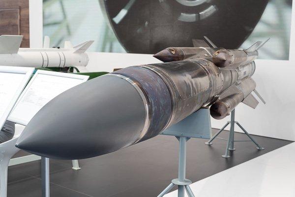Авиационная противокорабельная ракета средней дальности Х-31А