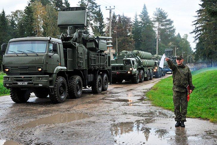 Панцирь-С1 одного из зенитных ракетных полков 1-й армии ПВО-ПРО