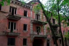 Для расселения аварийного жилья нужна трагедия