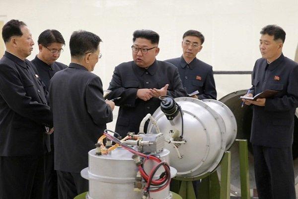 Ким Чен Ын рассказывает о программе создания ядерного оружия в Пхеньяне