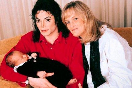 Майкл Джексон Дебби Роу со своим ребёнком