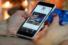Покупка товаров в мобильном приложении.