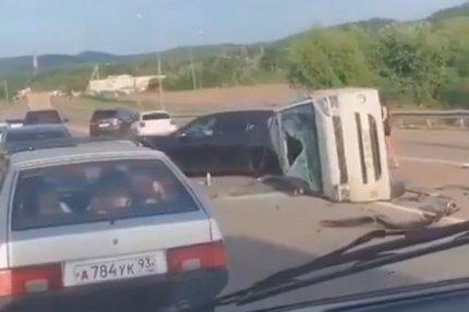 Групповое столкновение на трассе в Горячем Ключе