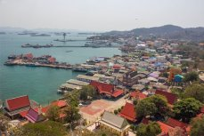 Таиланд, вид на остров Си Чанг