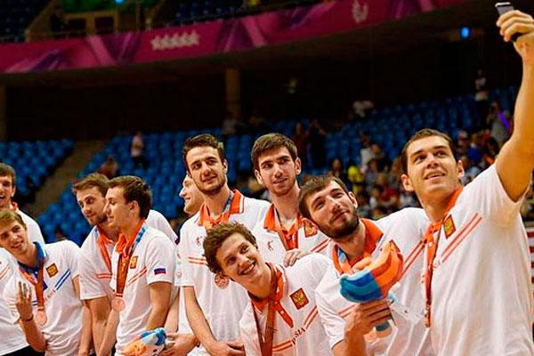 Российская сборная в общекомандном зачете заняла второе место.