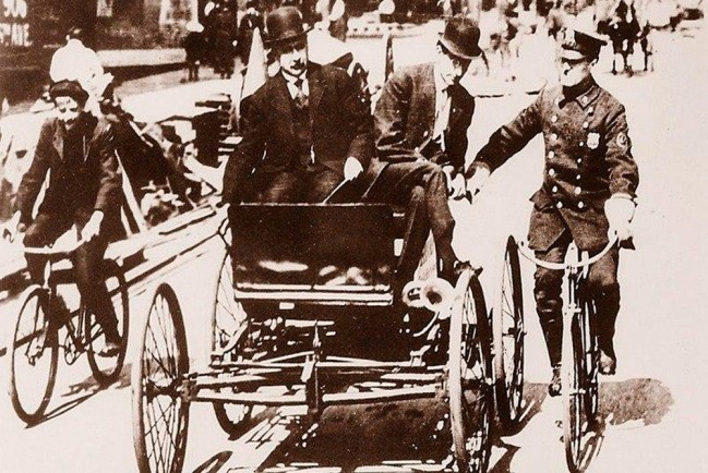 Первый в мире штраф за превышение скорости
