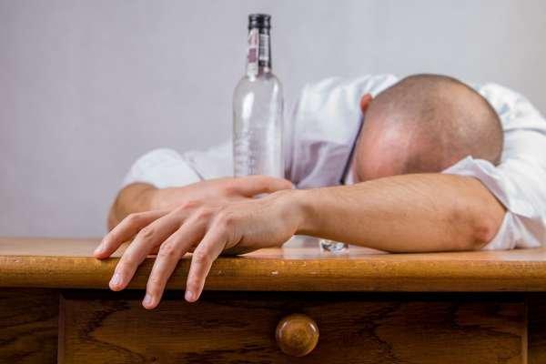 Мировым лидером по потреблению алкоголя в 2016 году стала Литва.