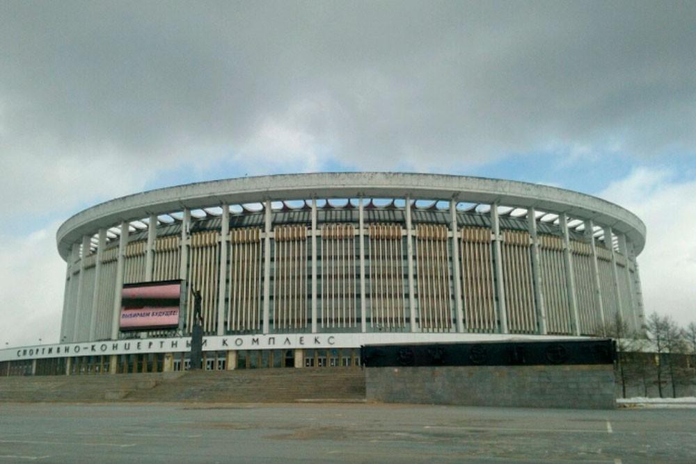 """Вот как раньше выглядело здание СКК """"Петербургский"""""""