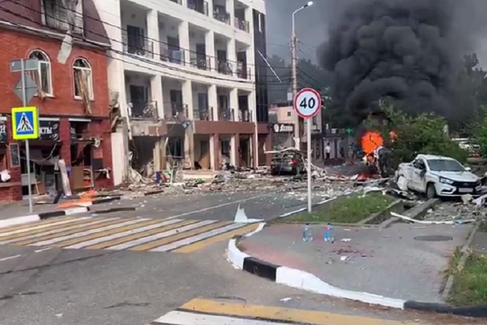 """Взрыв в гостинице """"Азария"""" в Геленджике"""