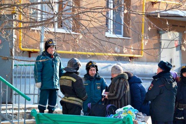 Ведётся работа с населением в пострадавшем доме в Магнитогорске