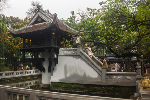 Пагода на одном столбе (One pillar pagoda) в Ханое.