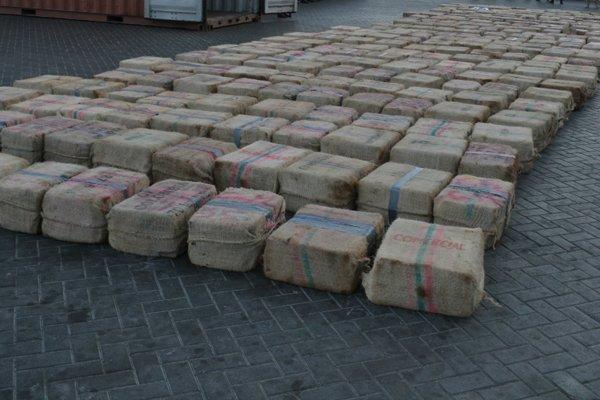 Партия изъятого кокаина с корабля ESER в Кабо-Верде
