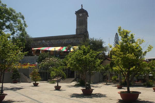 Кафедральный собор в Нячанге. Вьетнам.