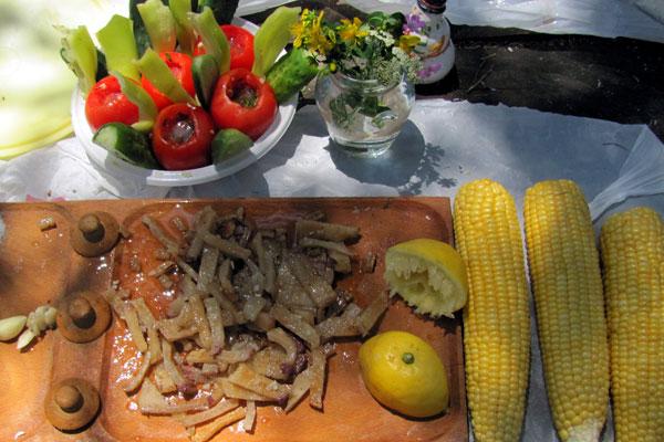 Продукты национальной кухни Болгарии.