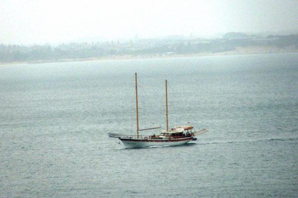 Яхта на Чёрном море. Болгария.