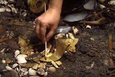 золото ацтеков.