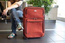 Пассажир ожидает своего рейса
