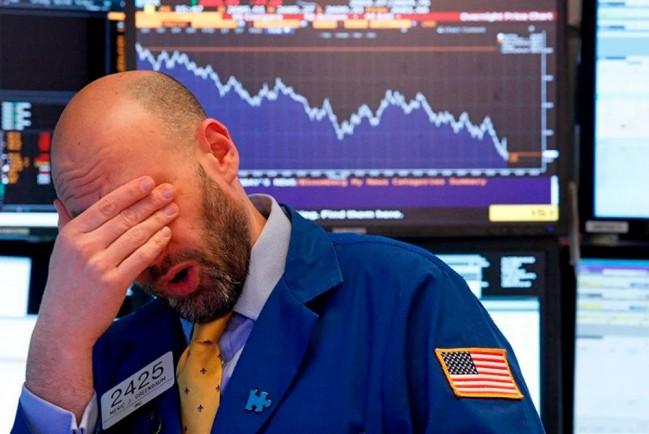 Крутое падение американской и британской биржи за последние 30 лет