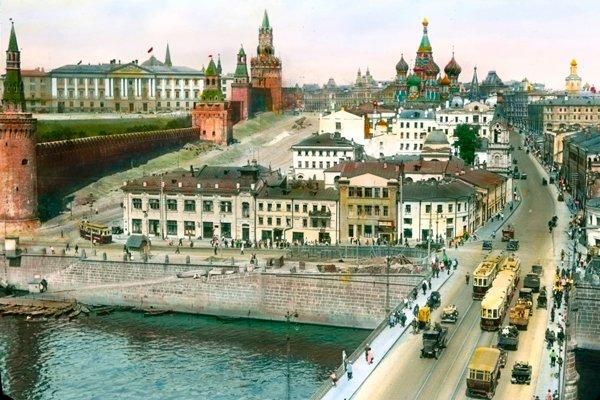 Цветное фото Старого Москворецкого моста