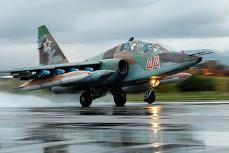 Российский самолет-штурмовик Су-25.