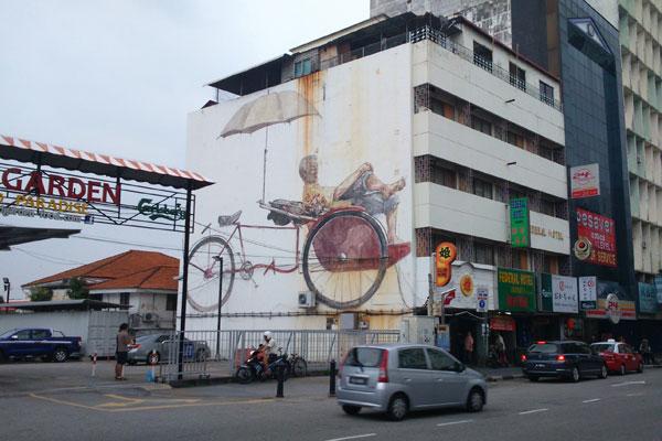 Картины на стенах домов в Джорджтауне. Остров Пинанг (Пенанг), Малайзия.
