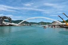 Рухнувший мост на Тайване