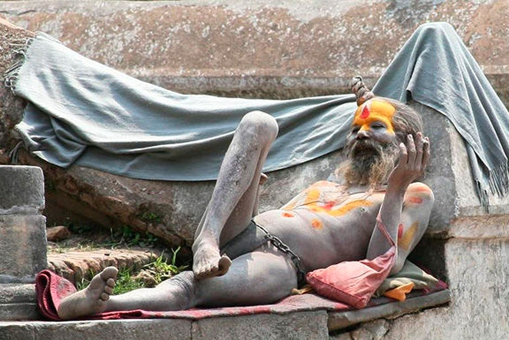 Агхори ведут аскетический образ жизни