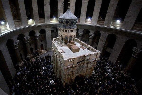 Обновленный Эдикуле в Храме Гроба Господня в Иерусалиме, 22 марта 2017 года.