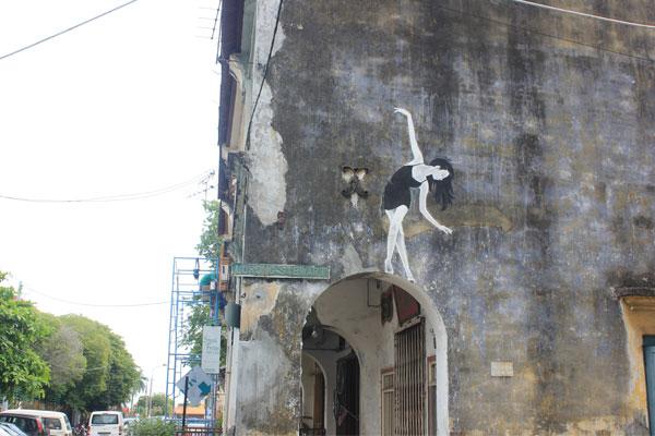 Прекрасные картины на стенах домов в Джорджтауне. Остров Пинанг (Пенанг), Малайзия.