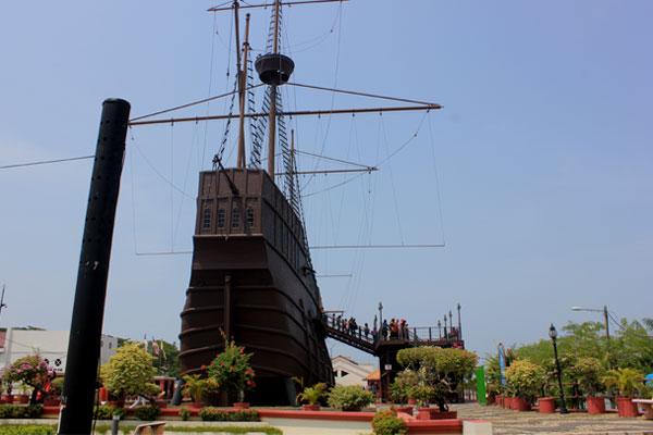 Музей-корабль Flora de la Mar. Малакка, Малайзия.