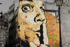 Граффити-портрет Дали.