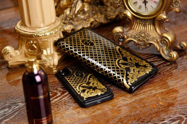 Клач и чехол для телефона - эксклюзивный подарок на юбилей Пугачёвой от Киркорова