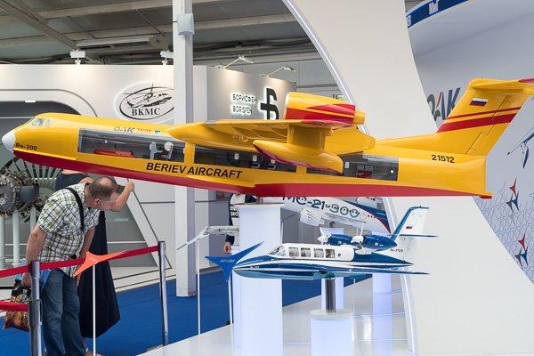 Макеты самолётов-амфибий Бе-200 и Бе-103
