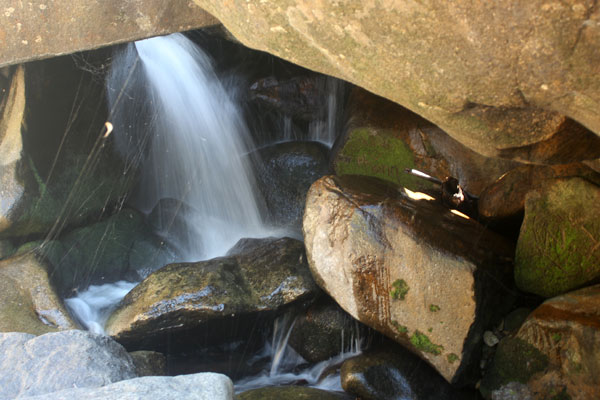 Водопад Ба Хо. Нячанг. Вьетнам.