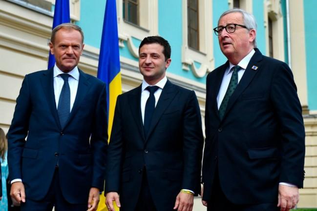 Президент Украины Владимир Зеленский на саммите Украина – Европейский Союз