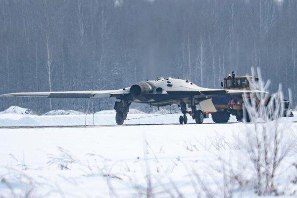 Перспективный ударный беспилотник «Охотник» созданный ПАО «Компания «Сухой»