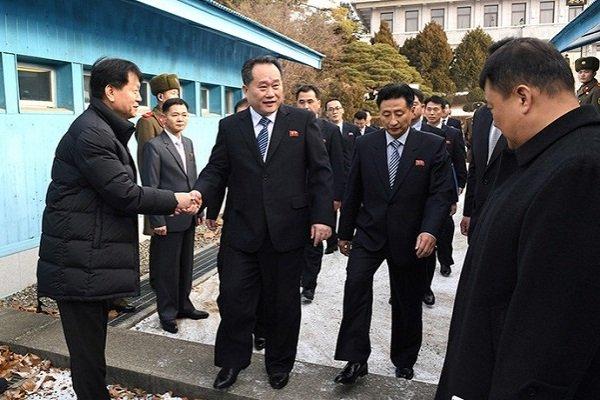 Представители Северной и Южной Кореи