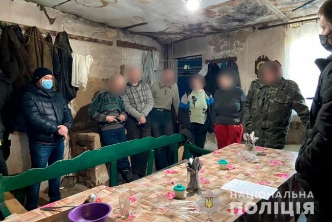 Житель украинского села Чернетчина держал в рабстве семь человек