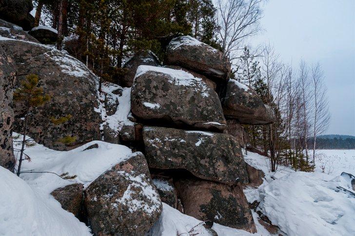 Скальные святилища на Урале