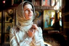 В РПЦ посоветовали верующим и даже красивым и стройным девушкам не выходить за муж за неверующих мужчин