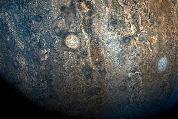 Бури на Юпитере