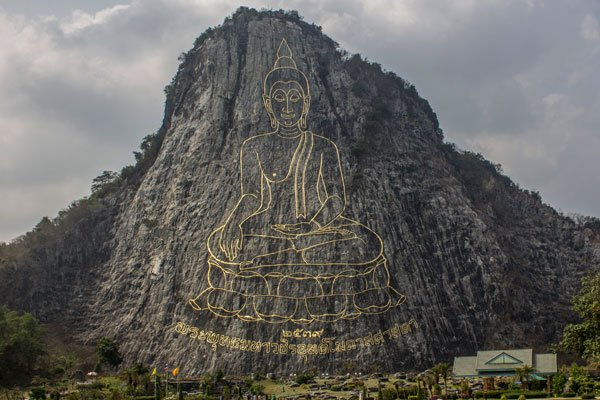Изображение Будды на скале (Khao Chi Chan Buddha).