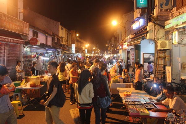 Вечерний рынок на Jonker Street. Малакка.