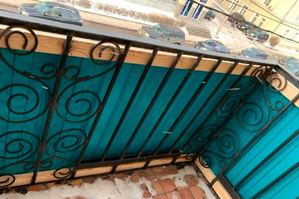 Вид балкона изнутри