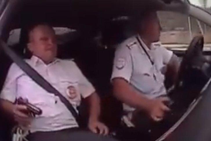 В Геленджике сотрудники полиции применили табельное оружие