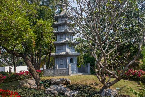 Имитация архитектурных стилей Юго-Восточной Азии.