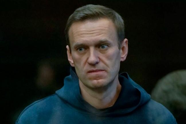 Навального осуждают на 3,6 года в колонию общего режима
