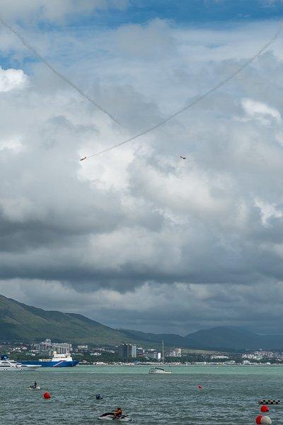 Высший пилотаж на поршневых самолётах в небе Геленджика