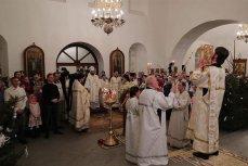 Президент России в праздничном богослужении в Великом Новгороде.