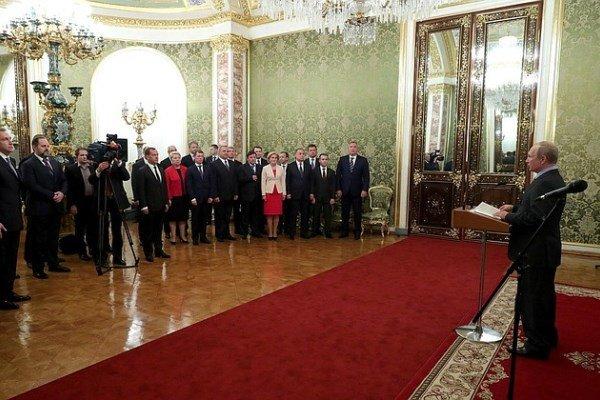 Путин встретился с членами правительства